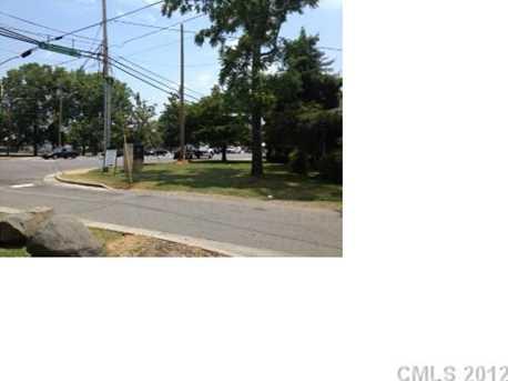 4255 Statesville Road - Photo 4