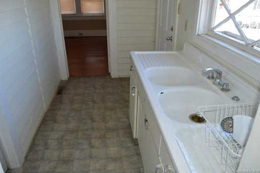 225 Davie Avenue - Photo 10