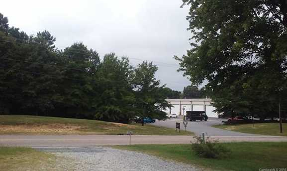 1402 Old Concord Road - Photo 4