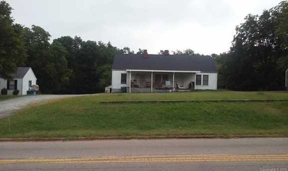 1402 Old Concord Road - Photo 1