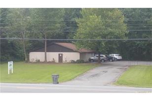 255 NE Branchview Drive - Photo 1