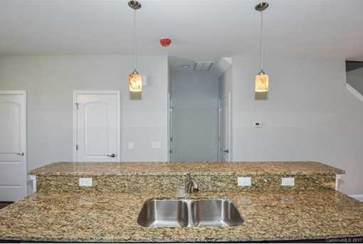 13728 Cinnabar Place #D5 - Photo 10