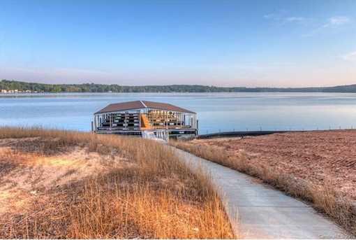 10372 Lake Shore Drive - Photo 6