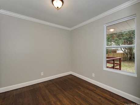 440 E Woodlawn Road #145 - Photo 8