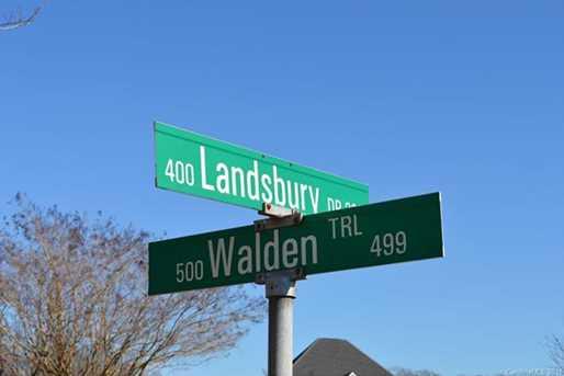 44 Landsbury Drive - Photo 4