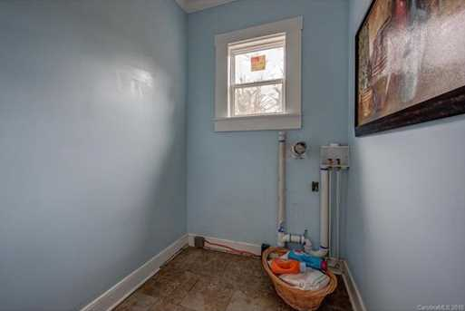 539 Brooklyn Avenue - Photo 18
