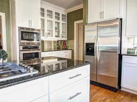 9549 Greyson Heights Drive - Photo 10