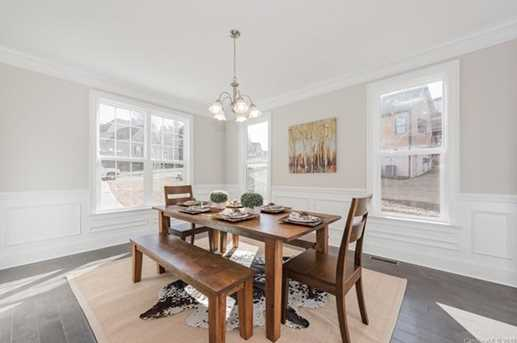 466 Inverness Place - Photo 10
