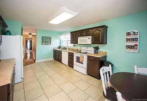 13384 Brooks Road - Photo 8
