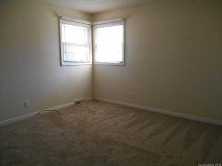 509 10th Street - Photo 10