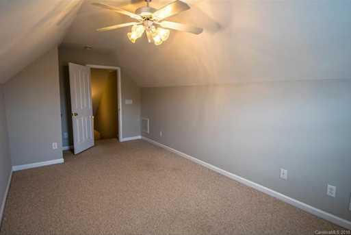 9810 Oxford Woods Court - Photo 22