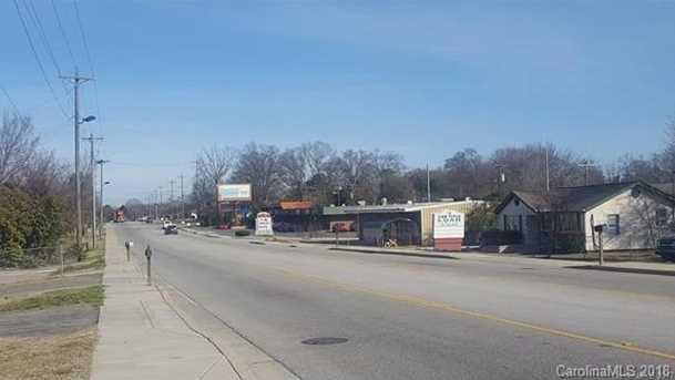 1122 Mount Gallant Road - Photo 12