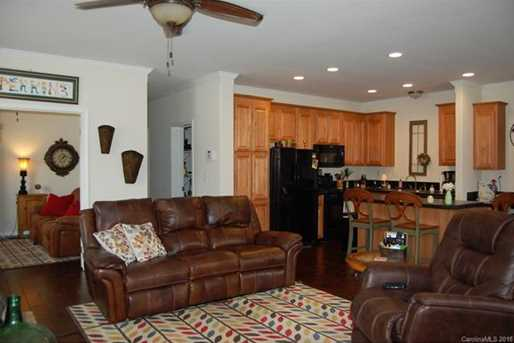 103 River Breeze Lane - Photo 2