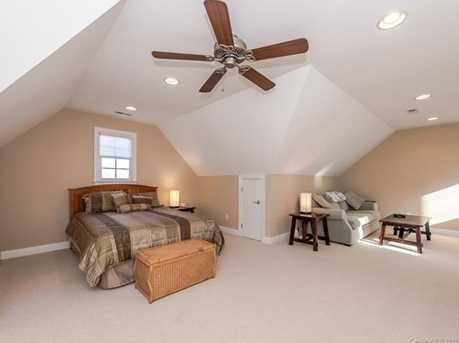 10924 Fox Hedge Road - Photo 20