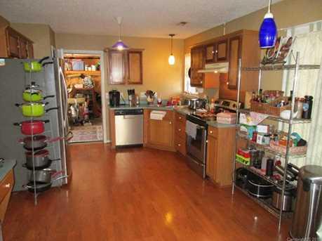 4009 Suttle Place - Photo 10