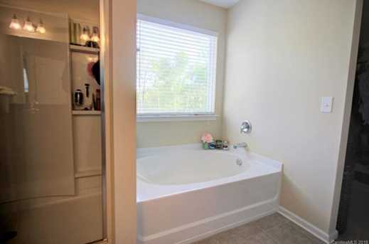 2504 Sierra Chase Dr - Photo 22