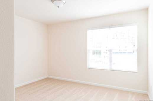 4038 Rosfield Dr - Photo 8