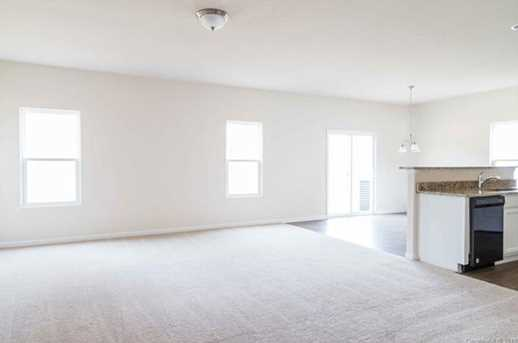4038 Rosfield Dr - Photo 4