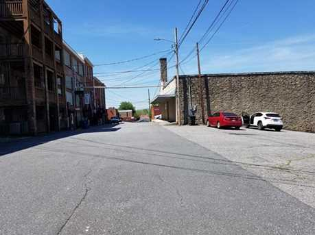 200 Town Alley - Photo 2