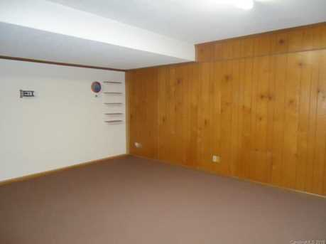 15920 Youngblood Rd - Photo 10