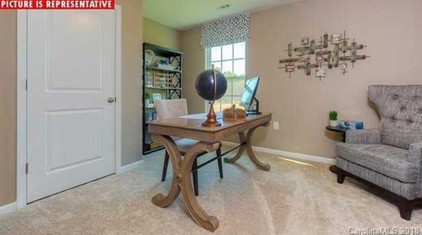 6723 Broad Valley Ct #LOT 61 - Photo 32