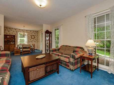 4900 Golfview Ct - Photo 4