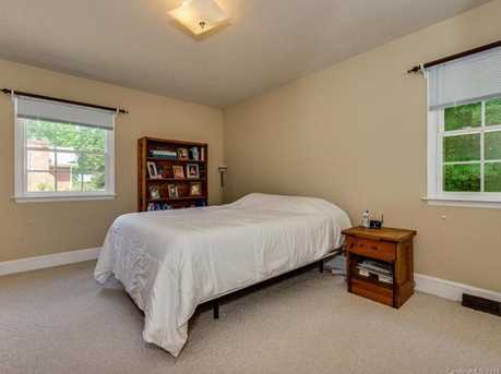 4900 Golfview Ct - Photo 16
