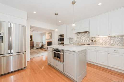 401 Roselawn Place - Photo 12