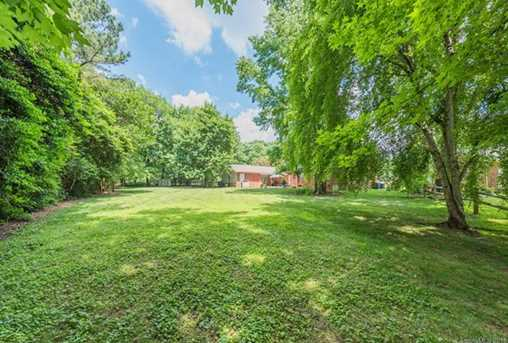 401 Roselawn Place - Photo 34