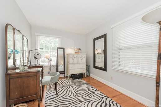 401 Roselawn Place - Photo 18