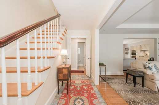 401 Roselawn Place - Photo 2