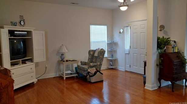 4418 Sages Ave #6 - Photo 2