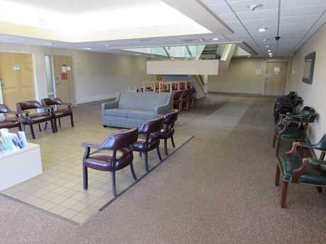 410 University Parkway Suite 1400 - Photo 18