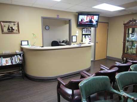 410 University Parkway Suite 1400 - Photo 4