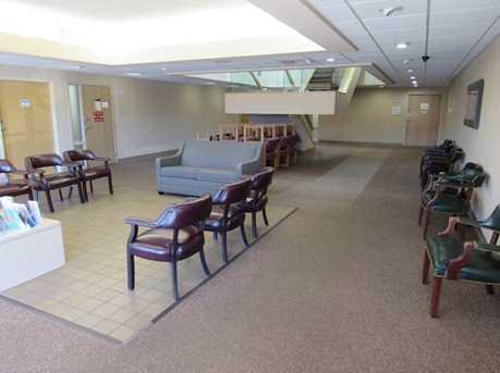 410 University Parkway Suite 2600 - Photo 16