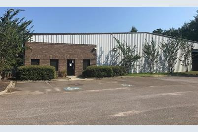 4 Business Ct - Photo 1