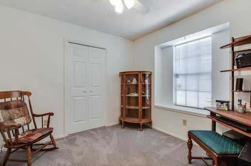 1010 Cresswell Dr - Photo 18