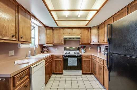 1010 Cresswell Dr - Photo 12