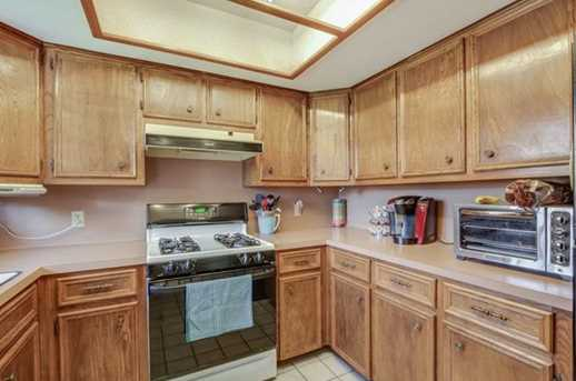 1010 Cresswell Dr - Photo 14