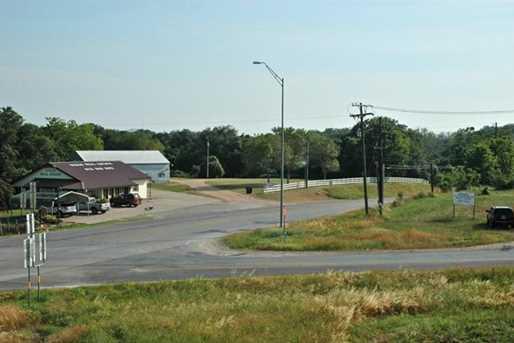 1809 State Highway 159 - Photo 14