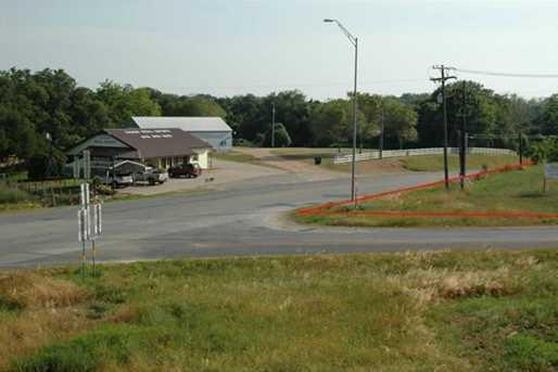 1809 State Highway 159 - Photo 18