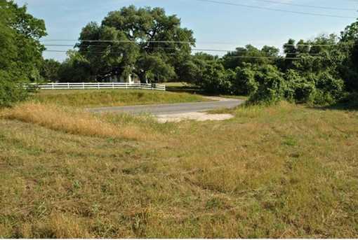1809 State Highway 159 - Photo 8