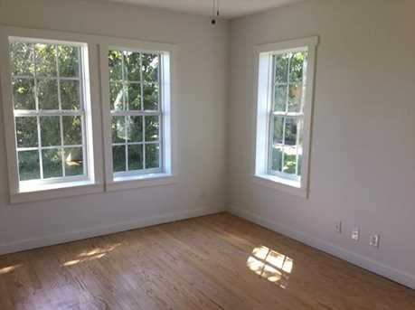 2027  Eastman Ave - Photo 14
