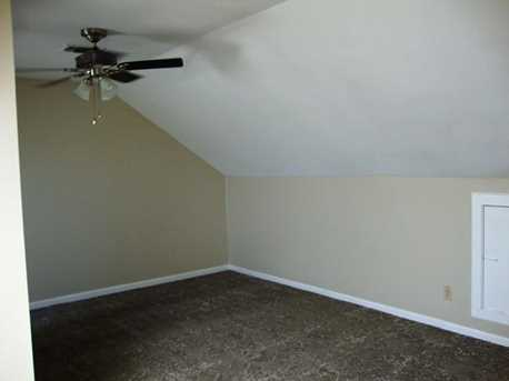 21102 Boggy Ford Rd #3 - Photo 24