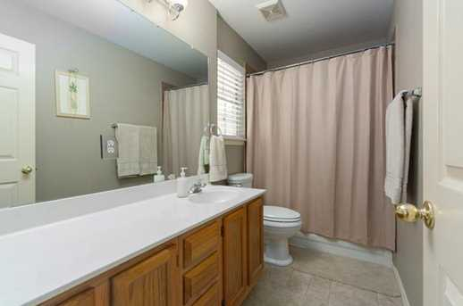 2304  Macaw Dr - Photo 18
