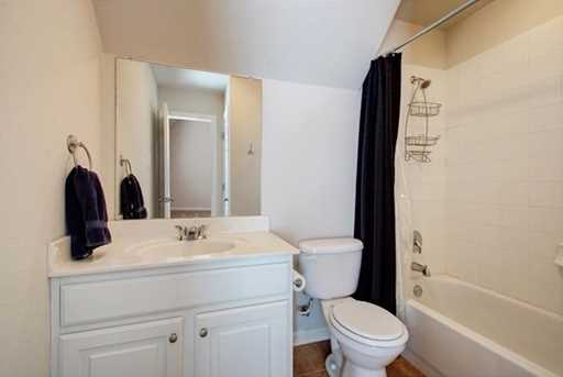 18933  Colonial Manor Ln - Photo 32