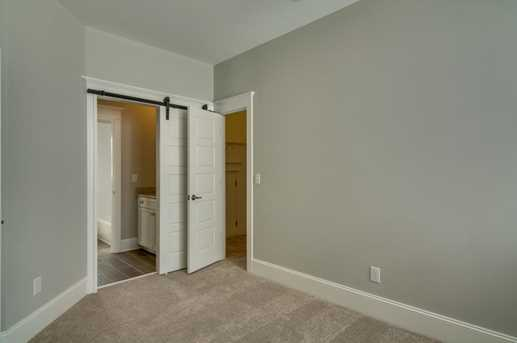 2556 Josiah Street - Photo 36