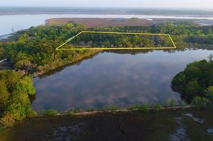 1289 Martins Point Road - Photo 1