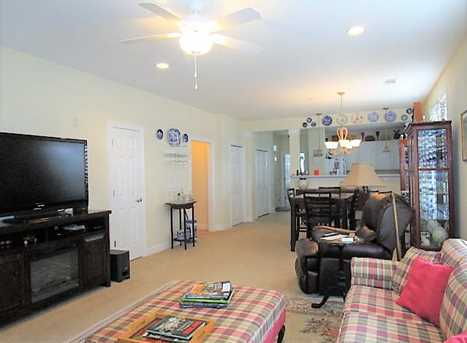 318 Trillium Ct - Photo 2