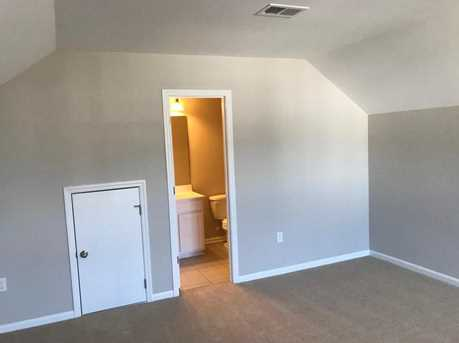 7761 Discovery Road - Photo 18